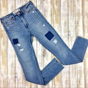 Abercrombie | Distressed Patched Skinny High Rise